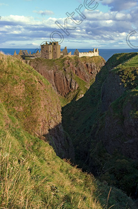 Dunnottar Castle Scotland VS2912JHP 