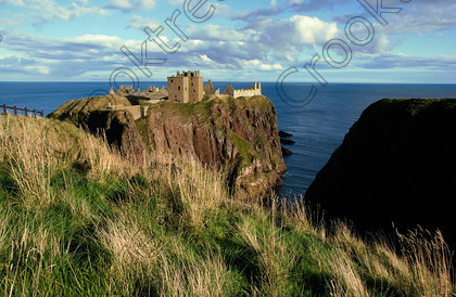Dunnottar Castle Scotland VS2904JHP 