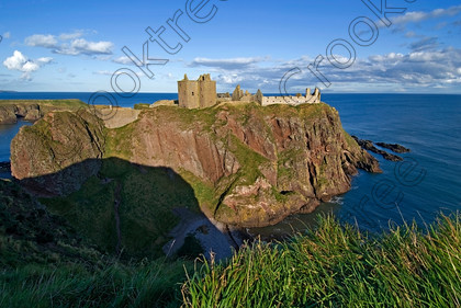 Dunnottar Castle Scotland VS2919JHP 