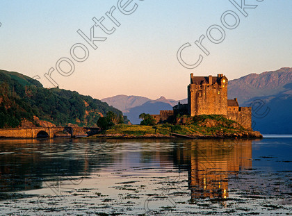 Eilean Donan Castle 121653JHP 