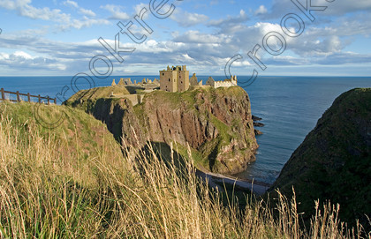 Dunnottar Castle Scotland VS2905JHP 