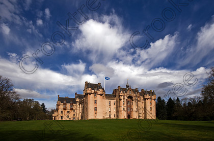 Fyvie Castle Spring bnm6557jhp 