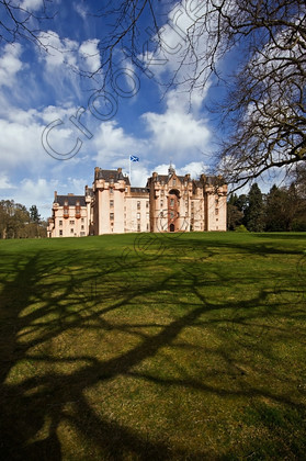 Fyvie Castle Spring bnm6538jhp 