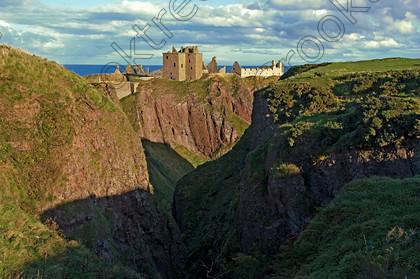 Dunnottar Castle Scotland VS2914JHP 