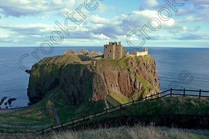 Dunnottar Castle Scotland VS2900JHP 