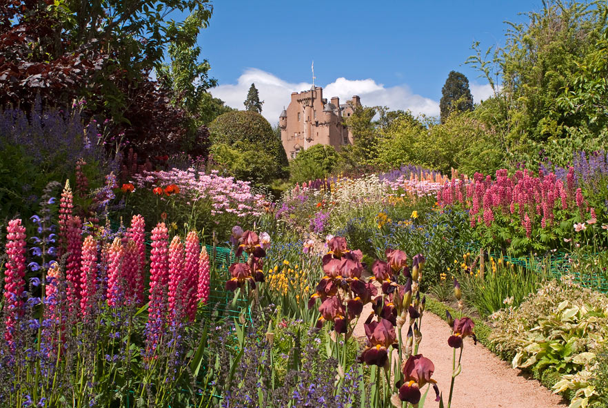 Crathes Castle Gardens - Photo by Jim Henderson